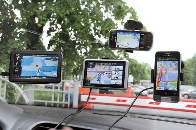Выбираем автопланшет с регистратором, навигатором и антирадаром