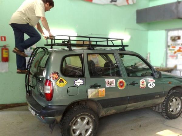 Экспедиционный багажник на Ниву Шевроле своими руками