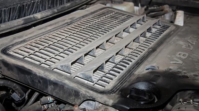Объем багажника Land Cruiser 200: не открывается, что делать