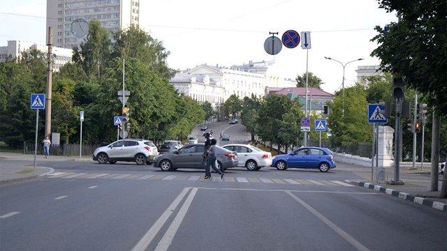 Дорожный знак «Обгон запрещён»: 4 спорные ситуации