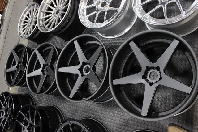Какие диски для автомобиля выбрать: литые или кованые? 3 основных технических показателя