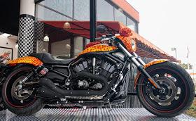 10 самых дорогих мотоциклов в мире: это надо видеть!