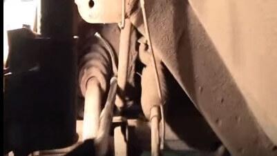 Как поменять пыльник наружного ШРУСа в автомобиле «Рено-Логан»