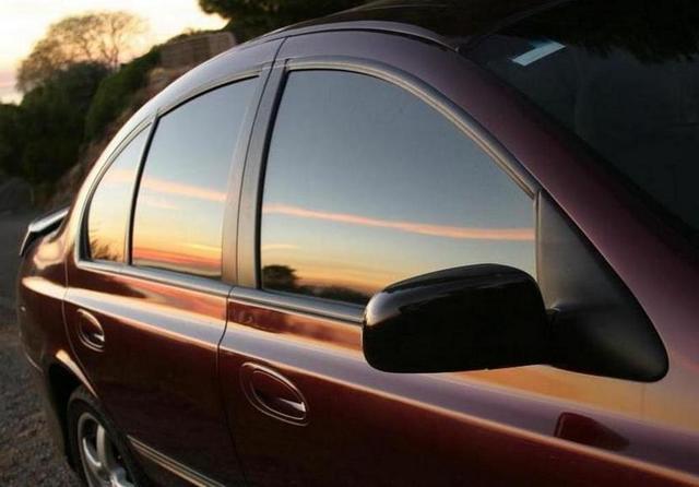 Электрическая тонировка стекол автомобиля