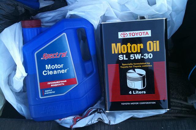 Как выбрать лучшее промывочное масло для двигателя? 10 советов и рекомендаций + 6 лучших масел