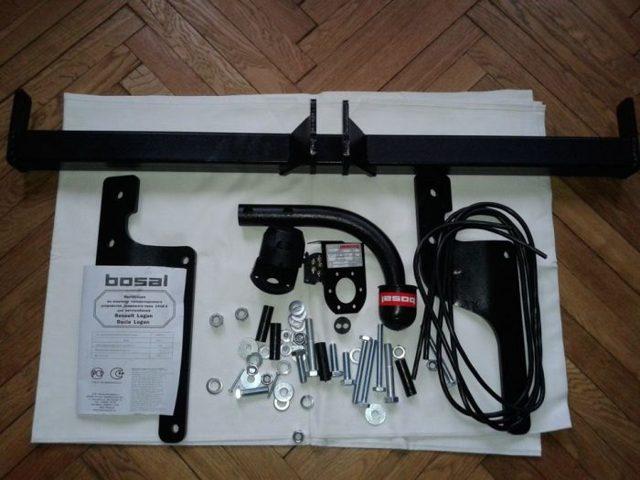 Установка фаркопа для Рено Дастер 4х4
