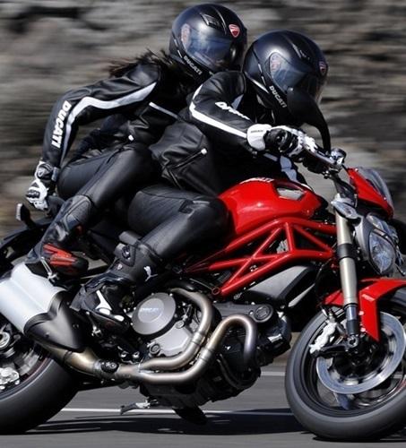 Как выбрать лучшие наколенники для мотоцикла